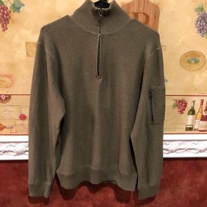GAP men's dark green pullover sweater